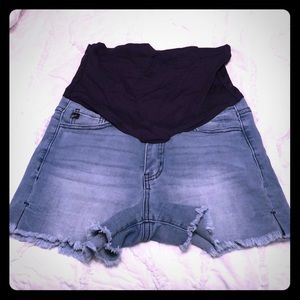 Pinkblush frayed maternity shorts